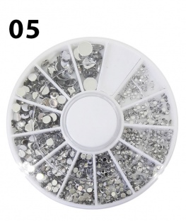Karuzela ozdoby do paznokci cyrkonie srebrne różne rozmiary